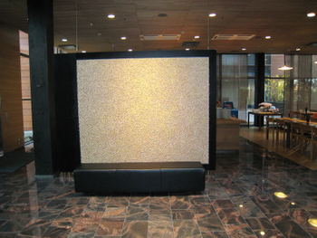 Tuulikuja 2 sisä aula ja taide