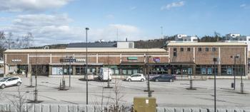 Kirkkotallintie 2,Kirkkonukki julkis.
