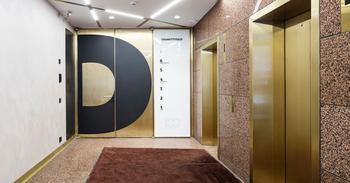 Jaakonkatu 3 sisä hissiaula